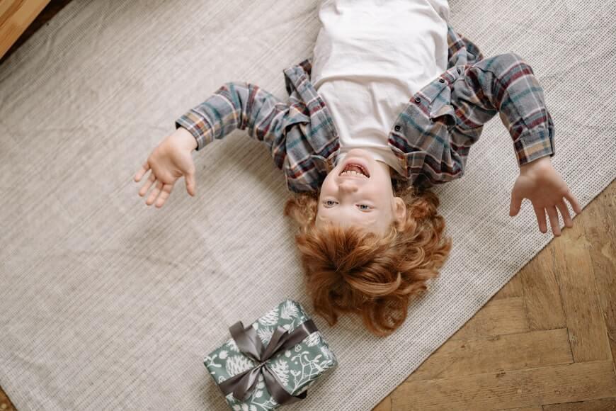 Pokloni za decu - kako da obradujete mališane nežnim darovima